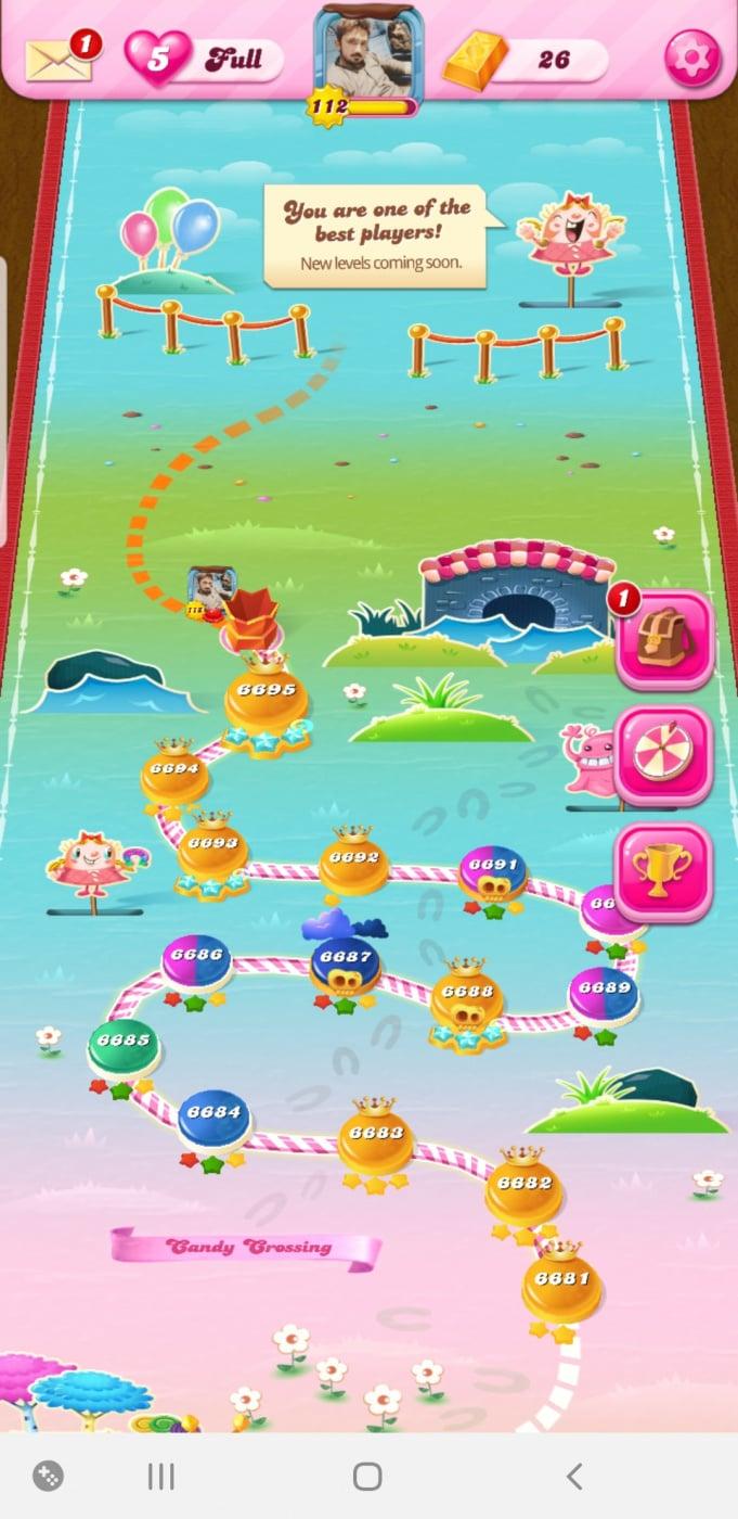 Screenshot_20200412-093028_Candy Crush Saga.jpg