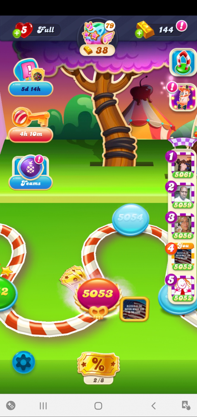 Screenshot_20200708-212940_Candy Crush Soda.jpg