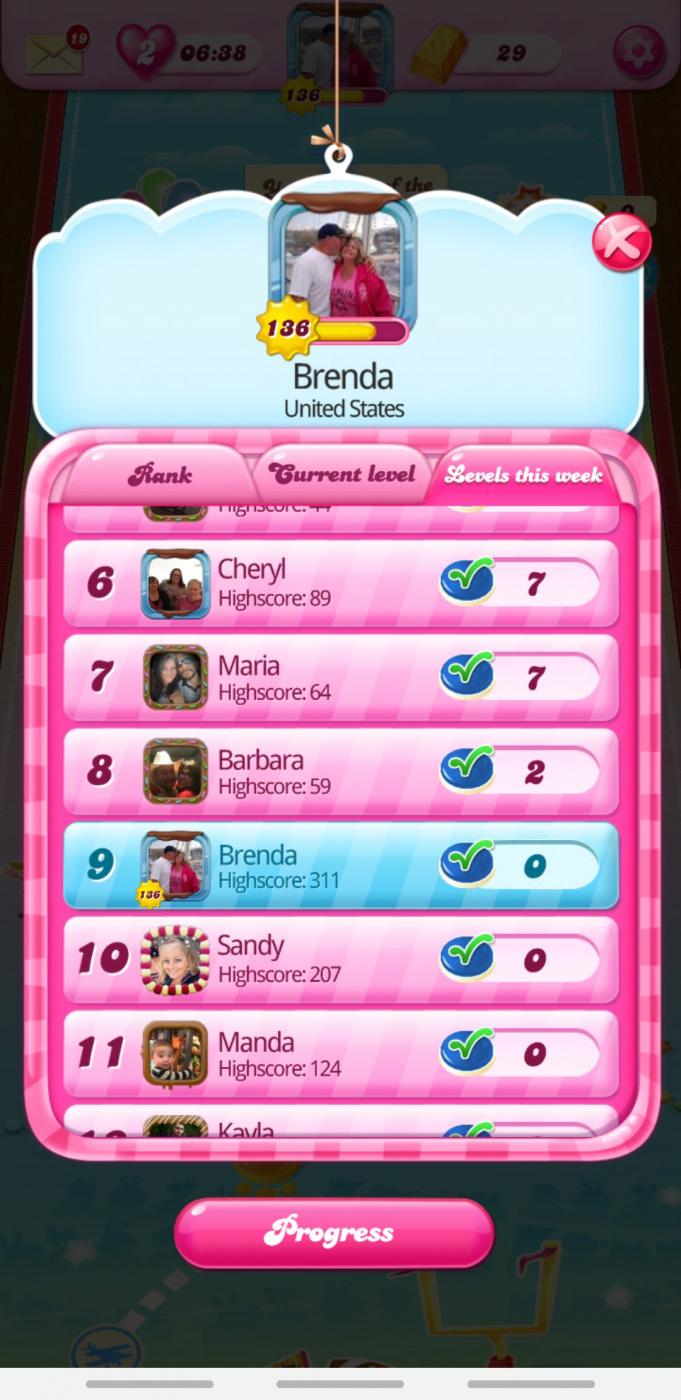 Screenshot_20200204-090344_Candy Crush Saga.jpg