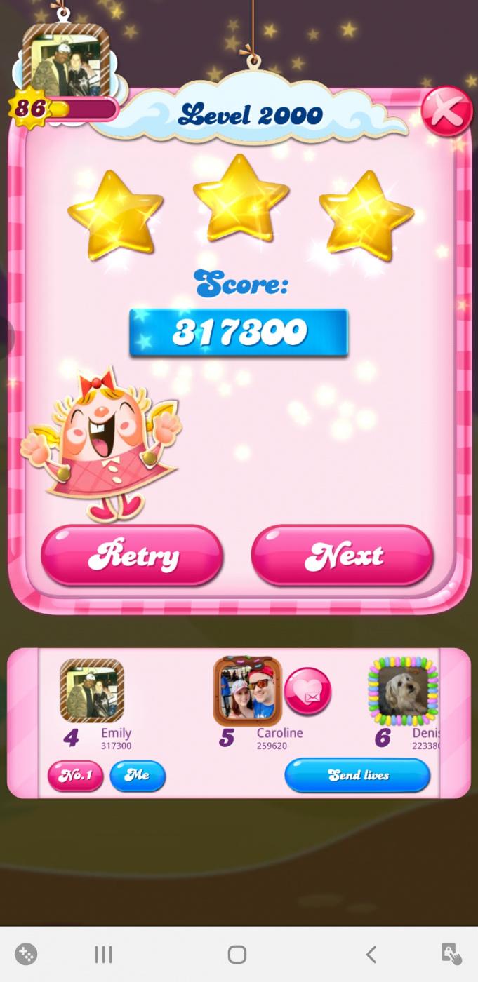 Screenshot_20210620-200807_Candy Crush Saga.jpg