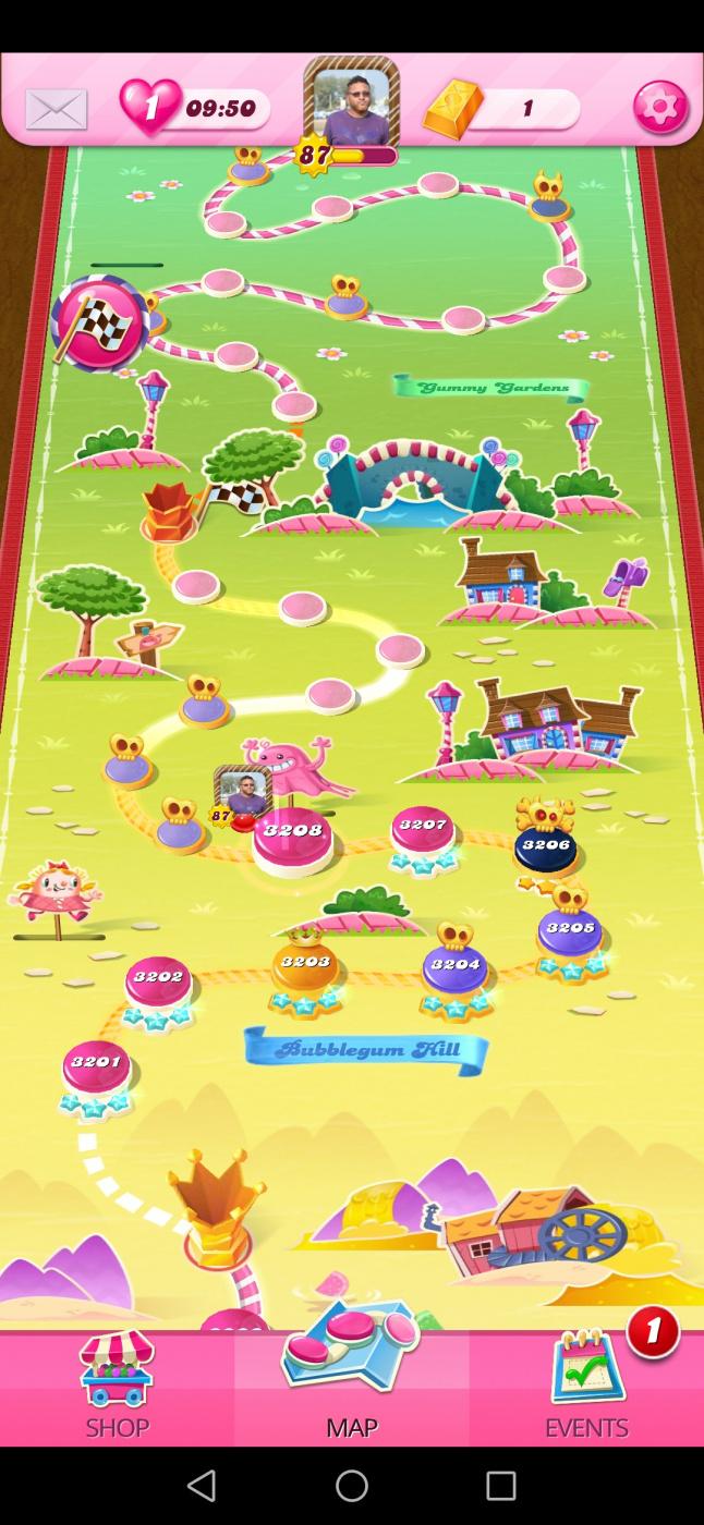 Screenshot_20200518_002323_com.king.candycrushsaga.jpg