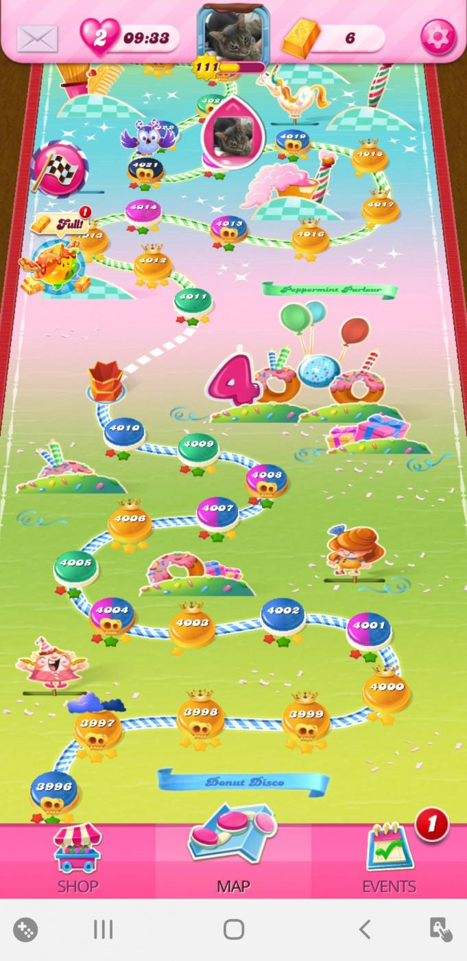 Screenshot_20200408-140900_Candy Crush Saga.jpg