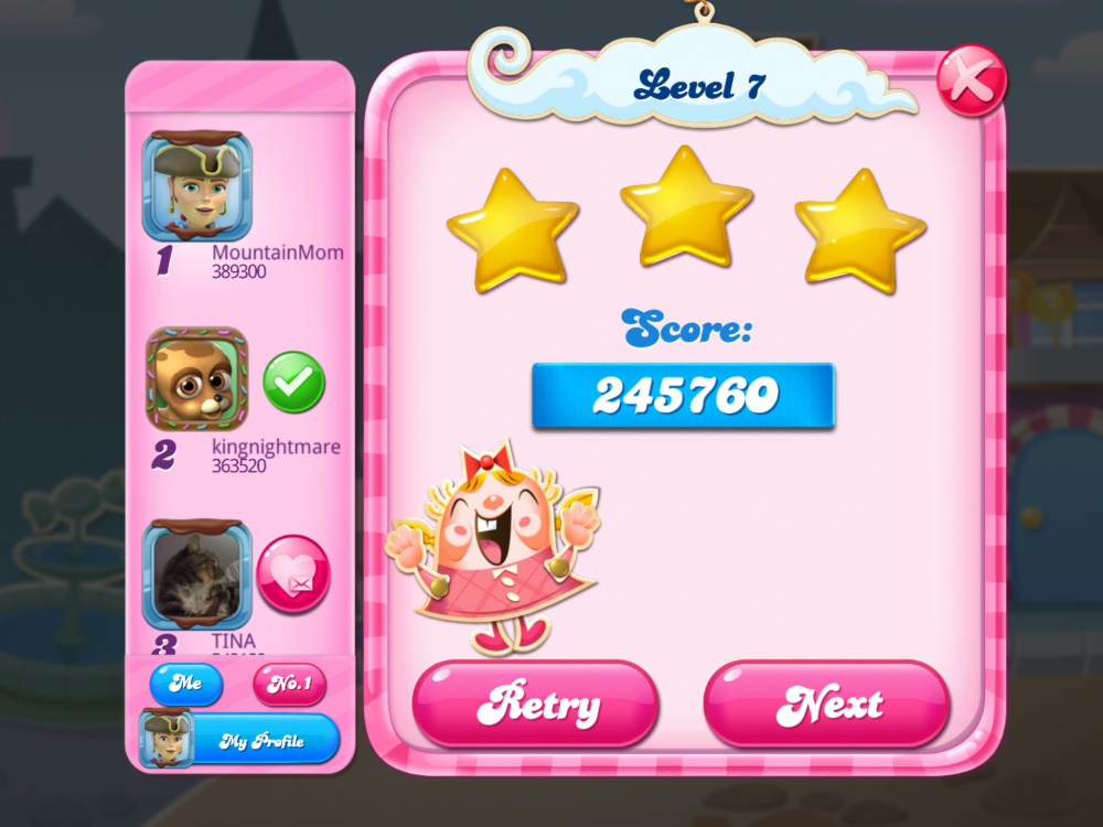 Screenshot_20200512-061555_Candy Crush Saga.jpg
