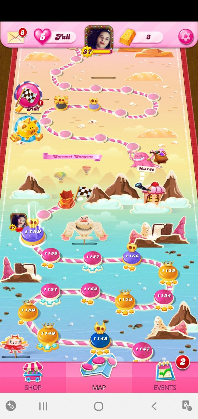 Screenshot_20201018-020203_Candy Crush Saga.jpg