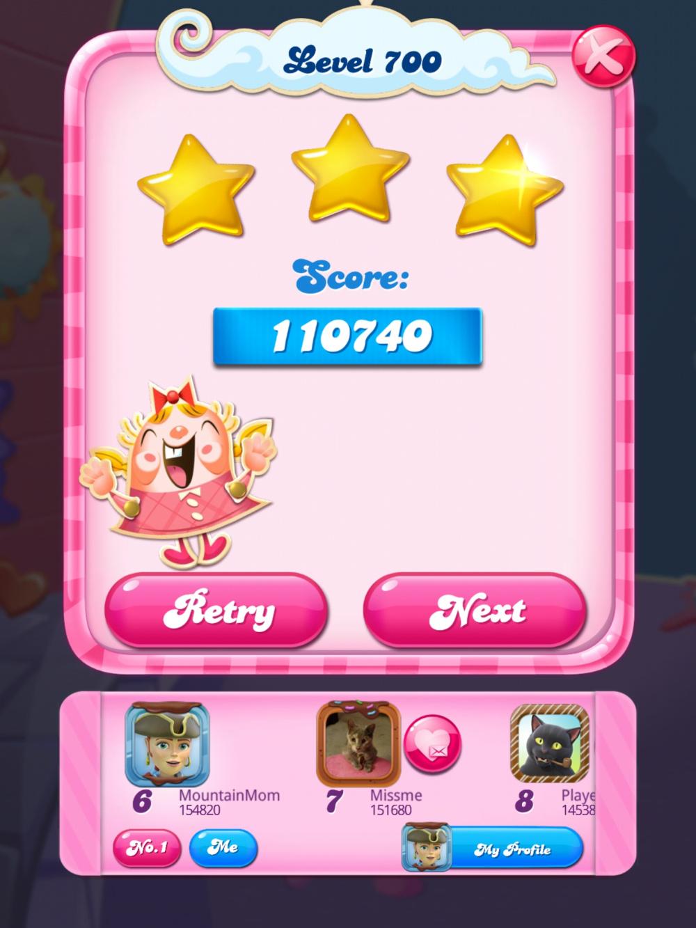 Screenshot_20200514-224450_Candy Crush Saga.jpg