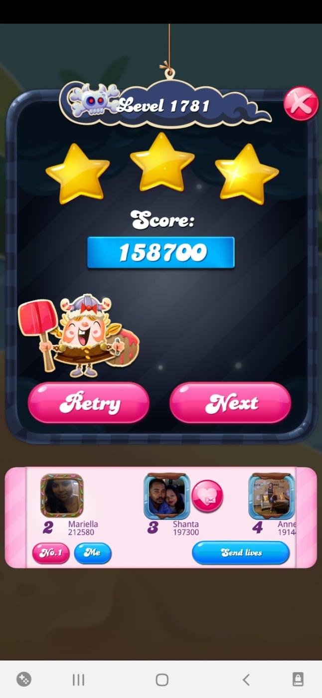 Screenshot_20210426-014821_Candy Crush Saga.jpg