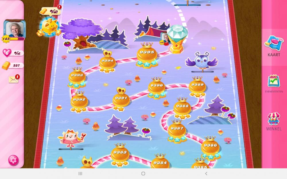 Screenshot_20210521-170923_Candy Crush Saga.jpg