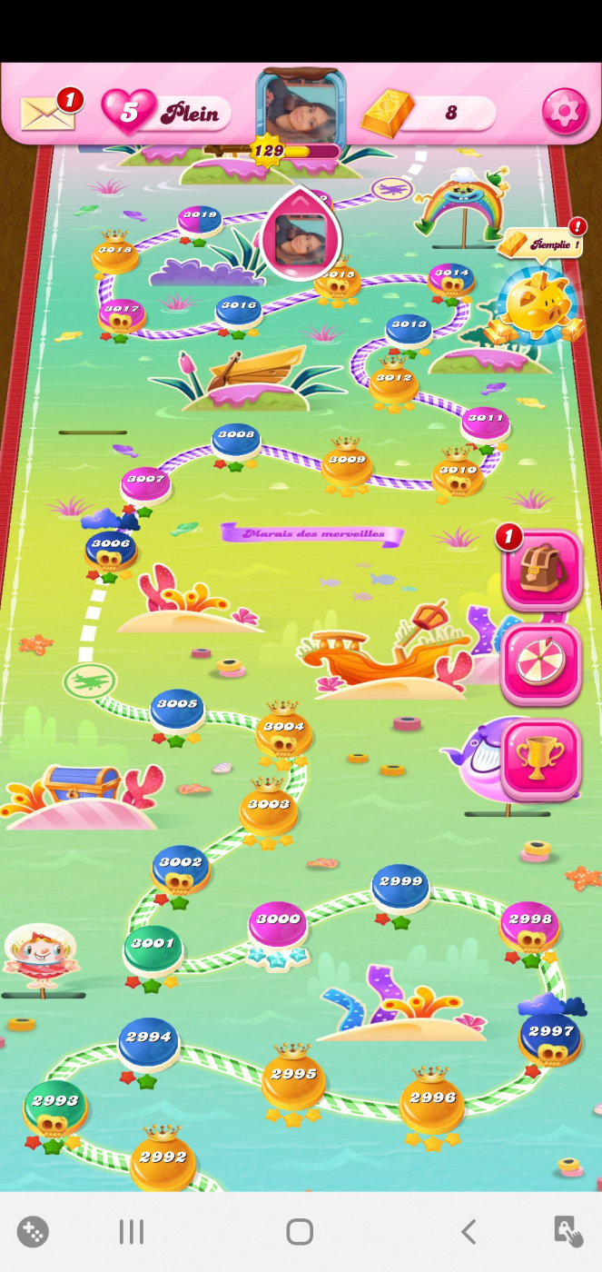 Screenshot_20200424-041157_Candy Crush Saga.jpg