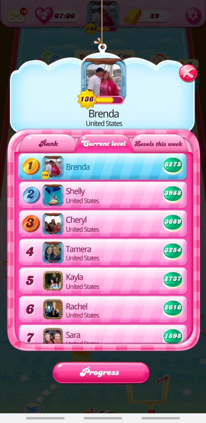 Screenshot_20200204-090323_Candy Crush Saga.jpg