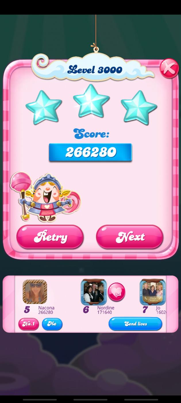 Screenshot_20210418-130543_Candy Crush Saga.jpg