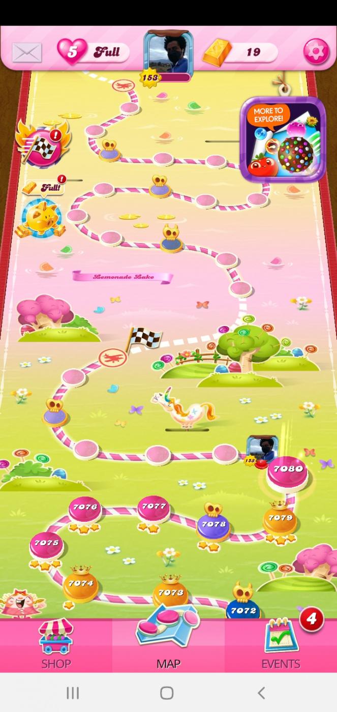 Screenshot_20200610-090700_Candy Crush Saga.jpg