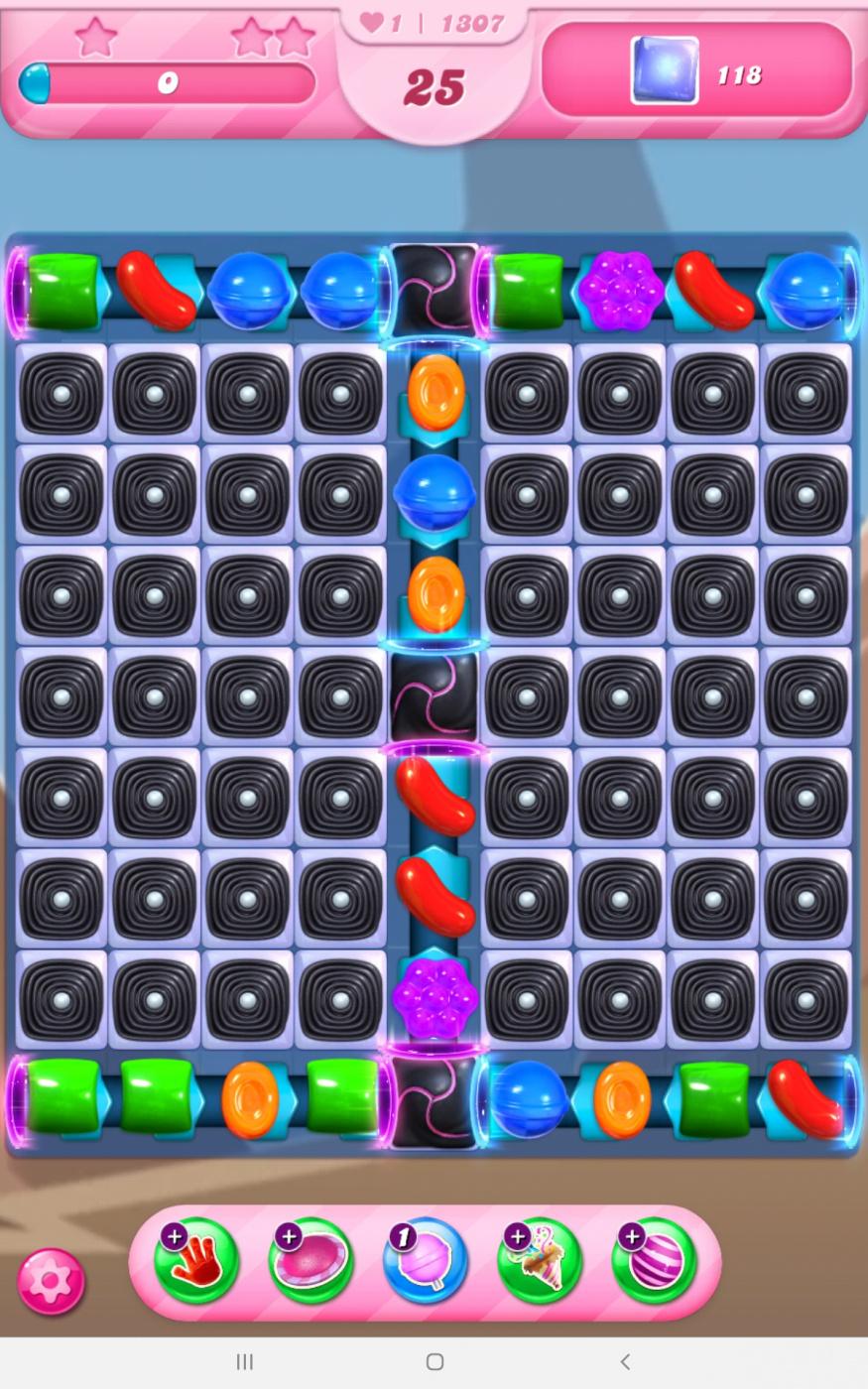 Screenshot_20210409-120036_Candy Crush Saga.jpg