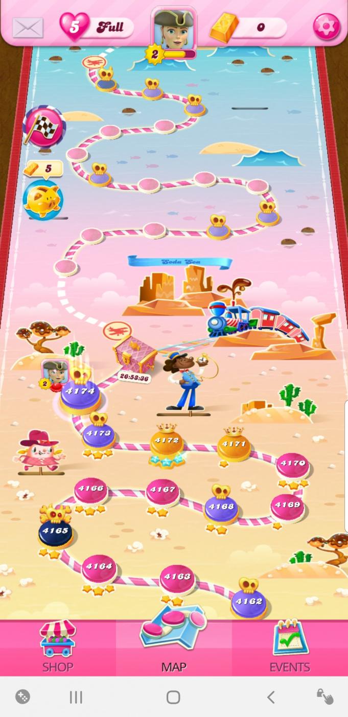 Screenshot_20200805-070625_Candy Crush Saga.jpg