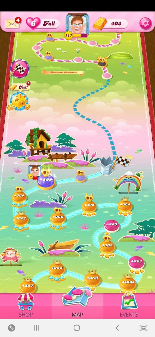 Screenshot_20200807-143752_Candy Crush Saga.jpg