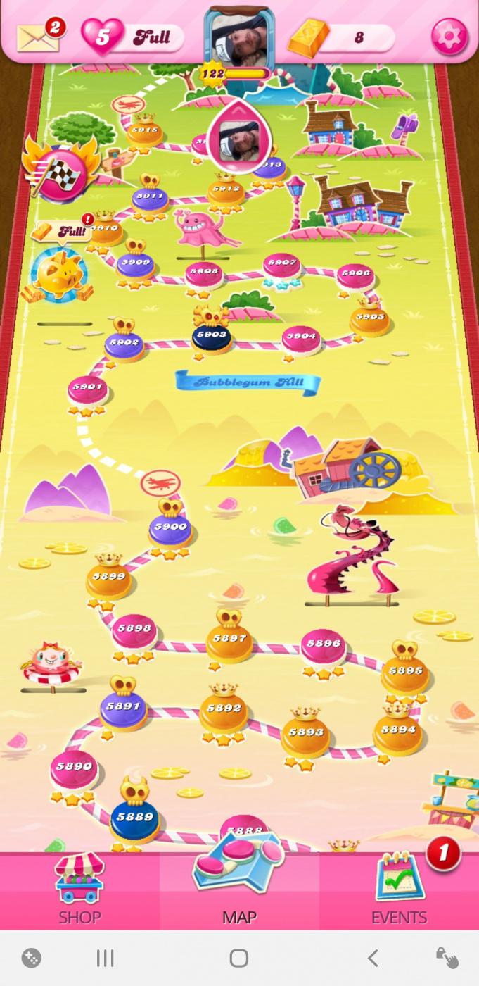Screenshot_20200812-015059_Candy Crush Saga.jpg