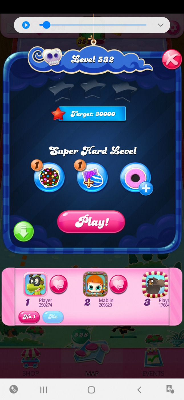Screenshot_20200604-112002_Candy Crush Saga.jpg