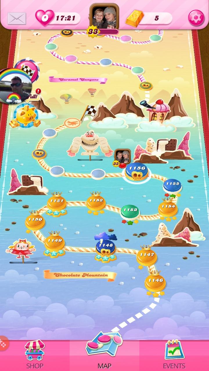 Screenshot_20200601-205023_Candy Crush Saga.jpg