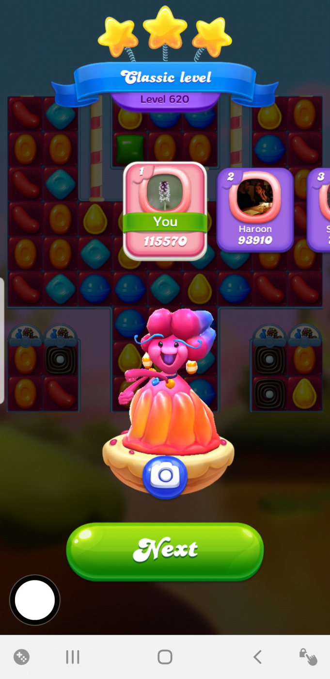 Screenshot_20200213-102647_Candy Crush Friends.jpg