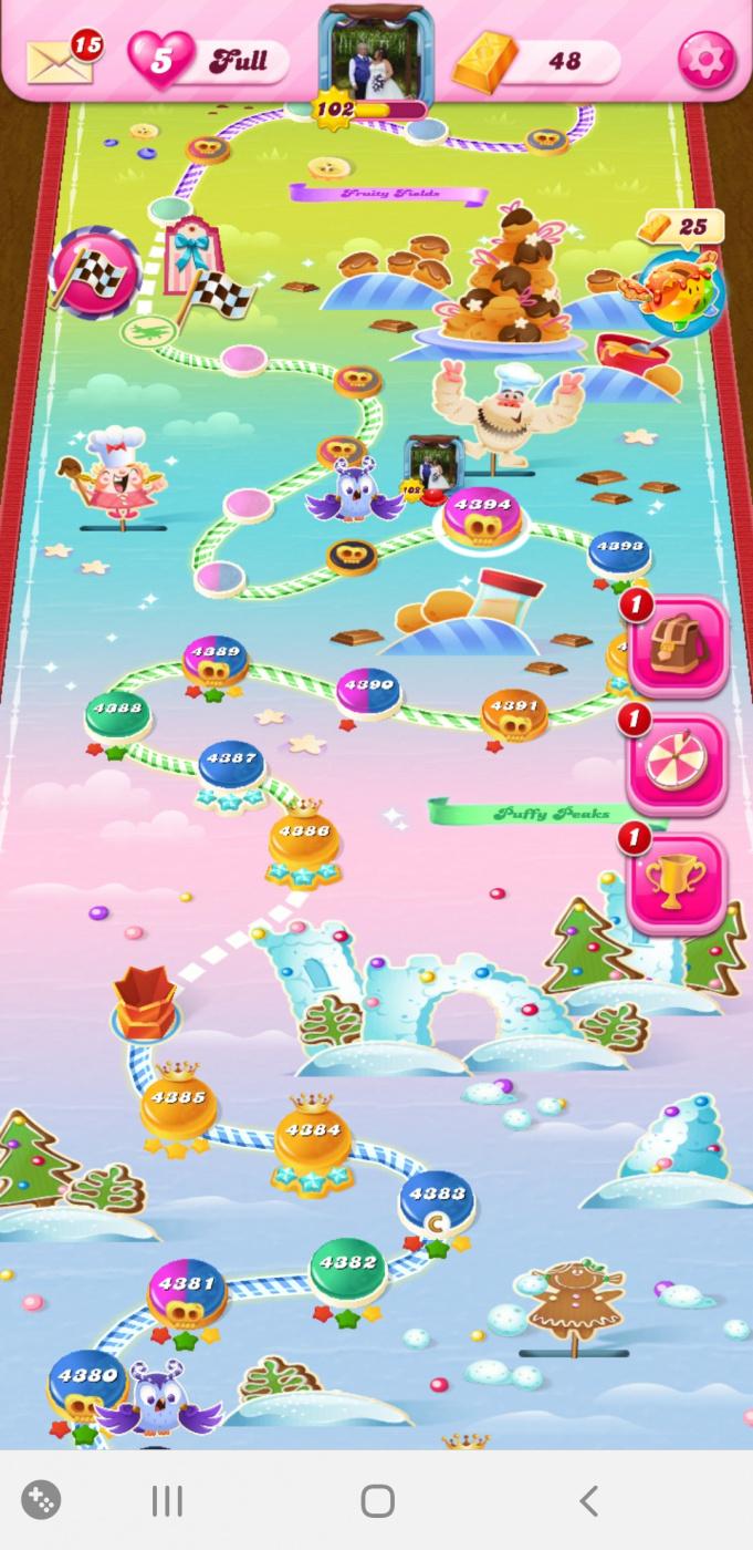Screenshot_20200227-074702_Candy Crush Saga.jpg