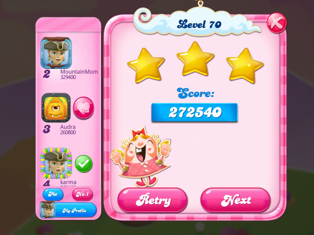 Screenshot_20200512-061401_Candy Crush Saga.jpg