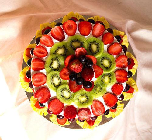 fresh-fruit-cake-500x500.jpg