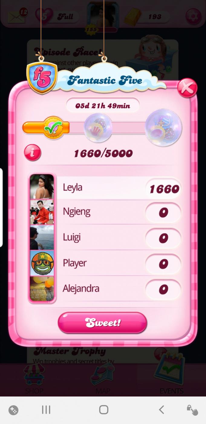 Screenshot_20200420-211612_Candy Crush Saga.jpg