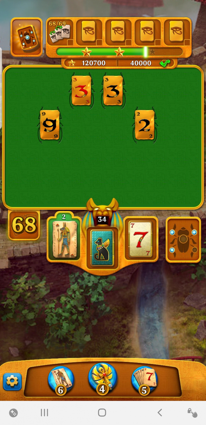 Screenshot_20200511-221834_Pyramid Solitaire Saga.jpg