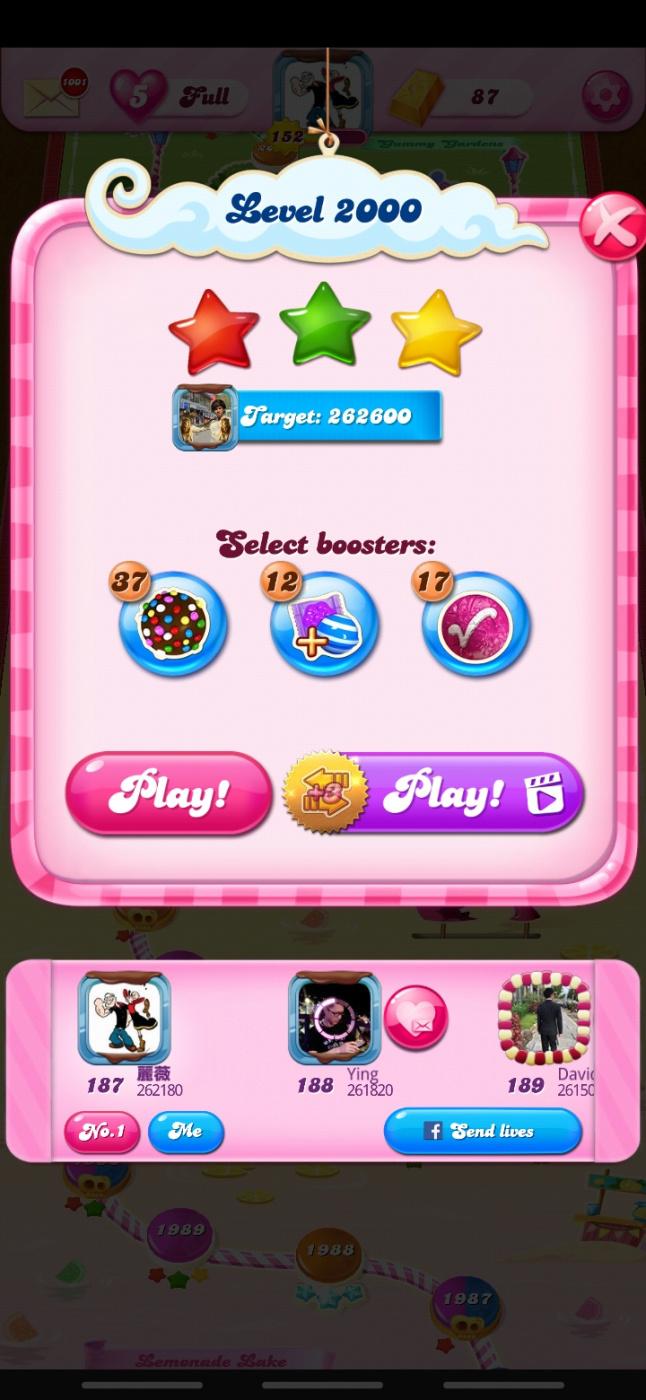 Screenshot_20200407-212735_Candy Crush Saga.jpg