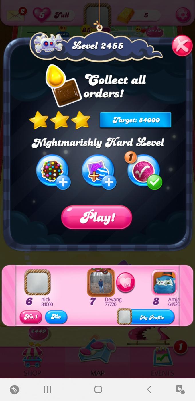 Screenshot_20200716-082430_Candy Crush Saga.jpg