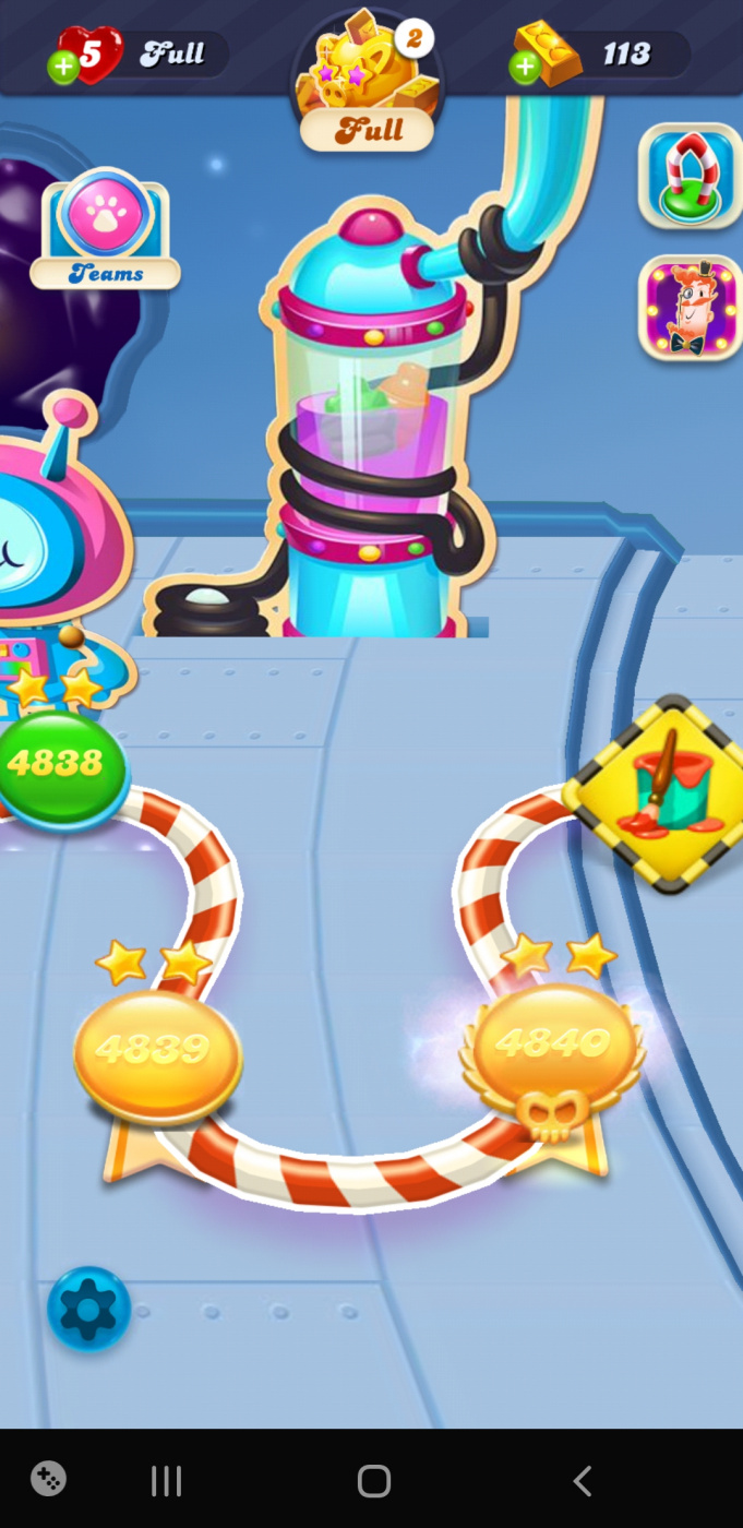 Screenshot_20200512-204753_Candy Crush Soda.jpg