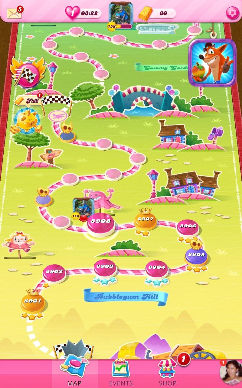 Screenshot_20210408-144557_Candy Crush Saga.jpg