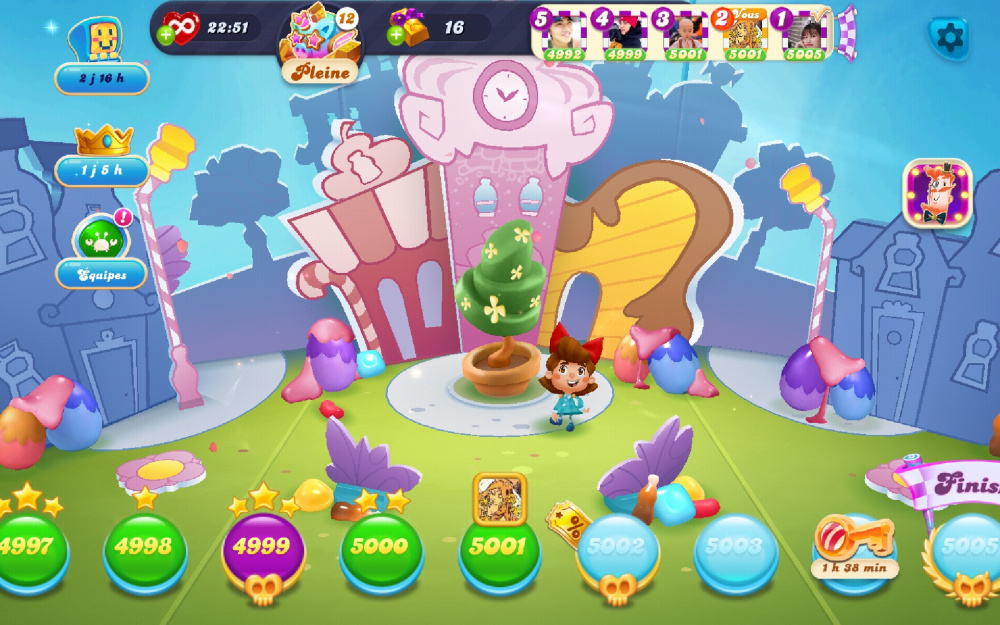 Screenshot_20210409-184110_Candy Crush Soda.jpg