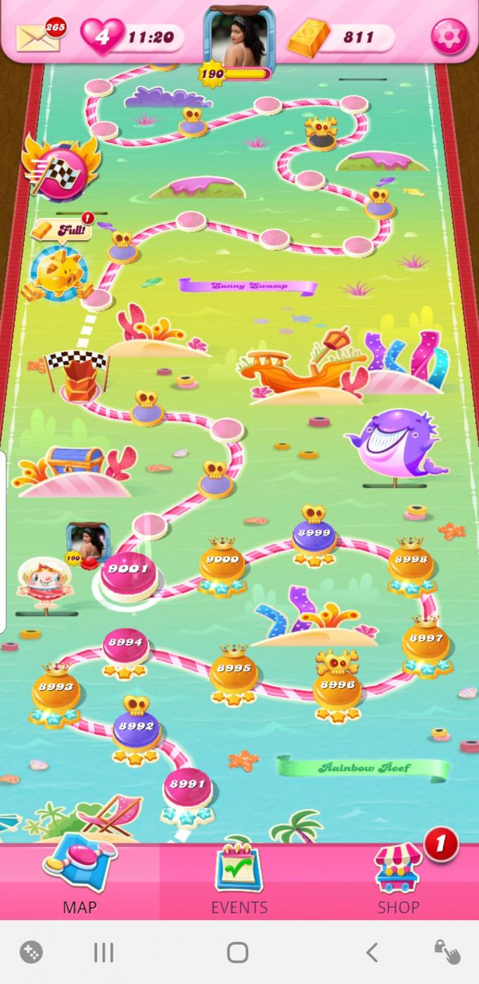 Screenshot_20210619-185329_Candy Crush Saga.jpg
