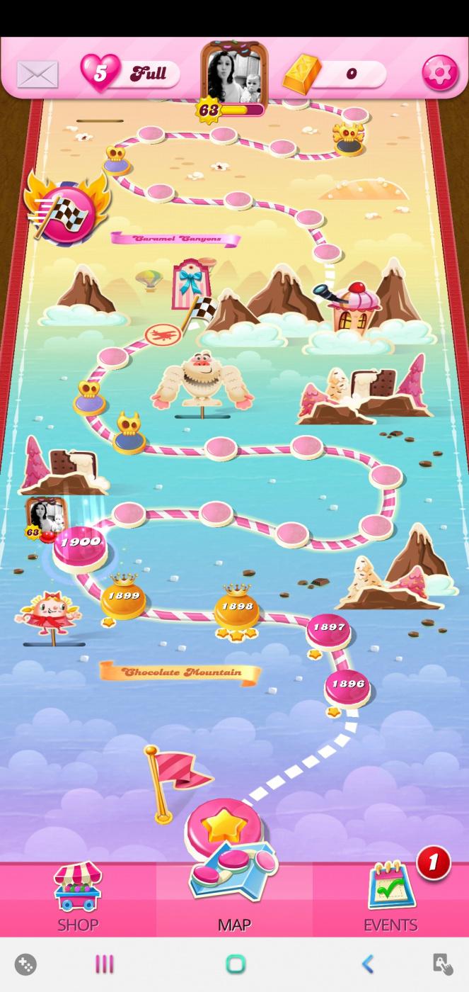 Screenshot_20200924-075612_Candy Crush Saga.jpg