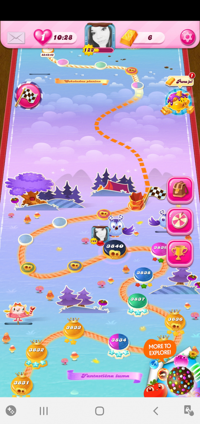 Screenshot_20200417-141754_Candy Crush Saga.jpg