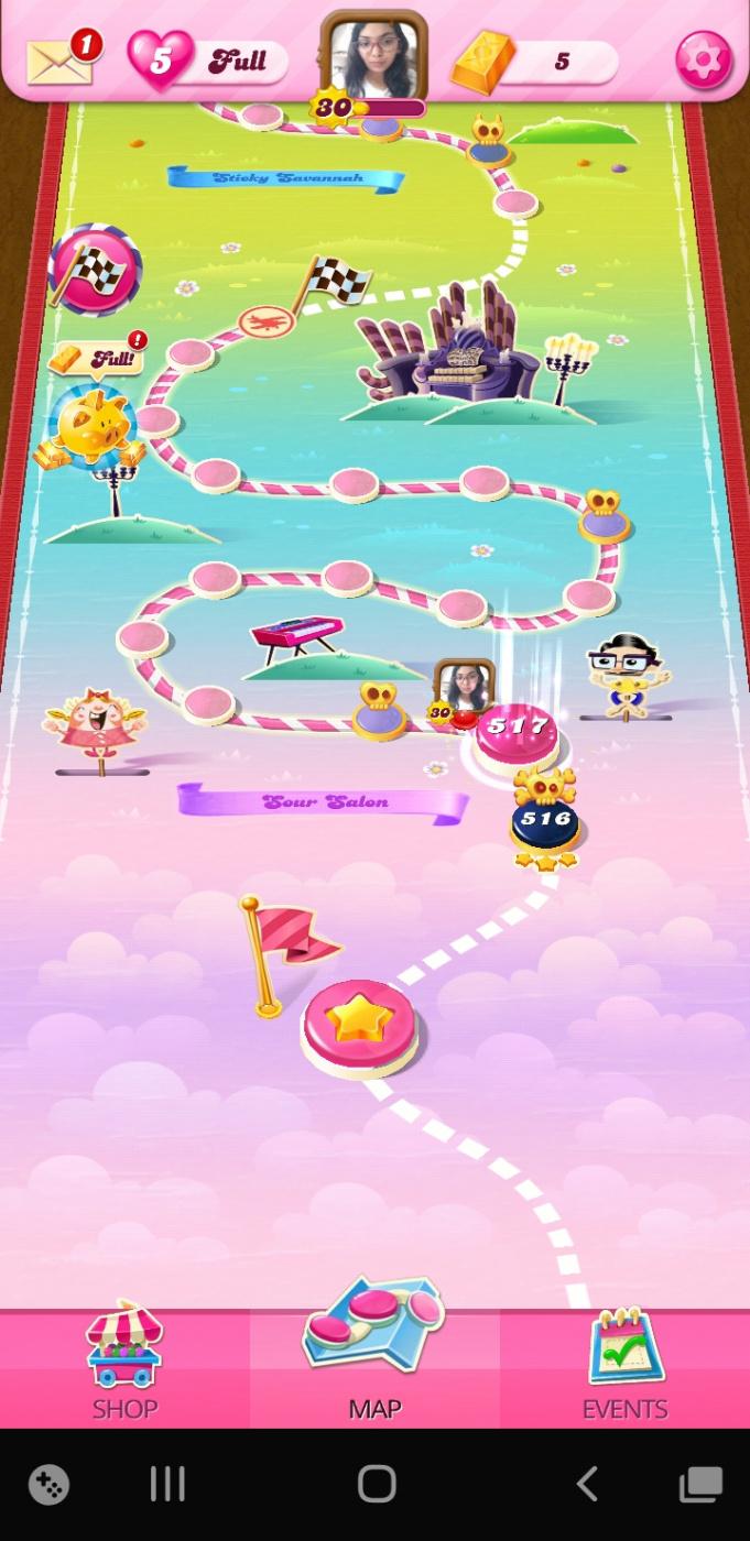 Screenshot_20200513-175324_Candy Crush Saga.jpg