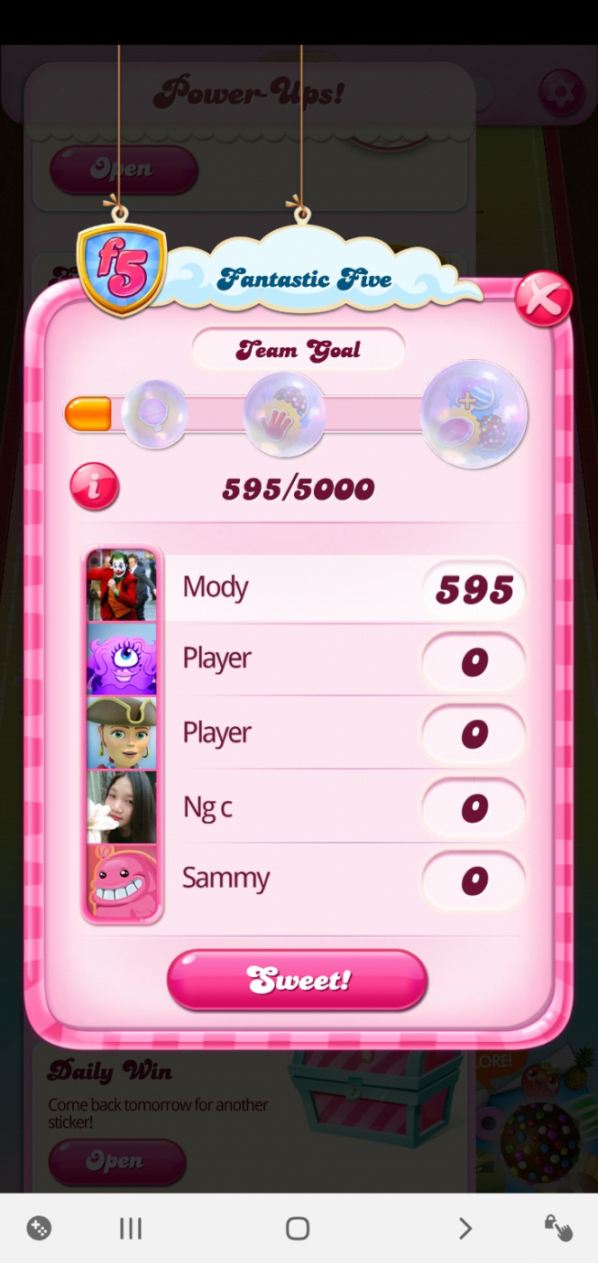 Screenshot_٢٠٢٠٠٣٢١-٠٣٠٢٣١_Candy Crush Saga.jpg