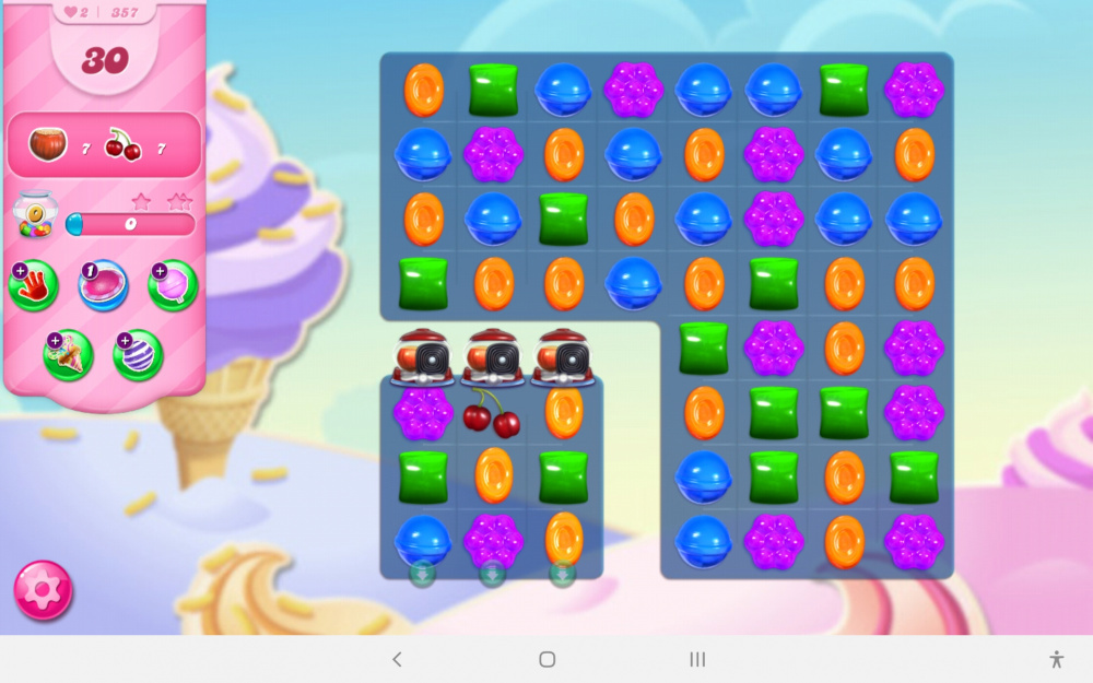 Screenshot_20200205-164601_Candy Crush Saga.jpg