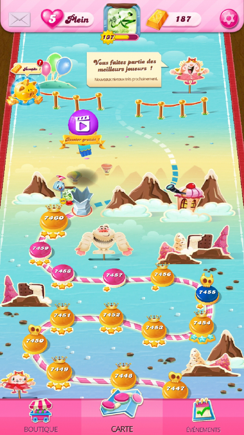 Screenshot_20200804-174853_Candy Crush Saga.jpg