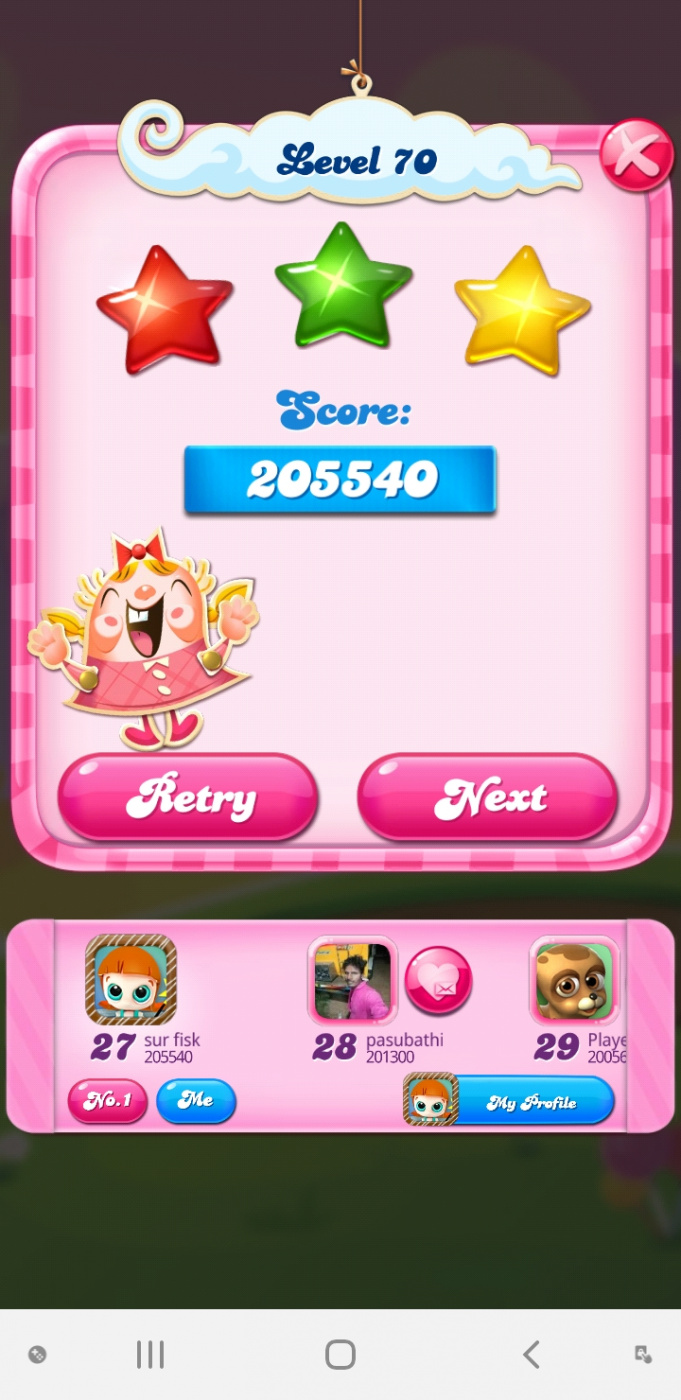 Screenshot_20200508-064921_Candy Crush Saga.jpg