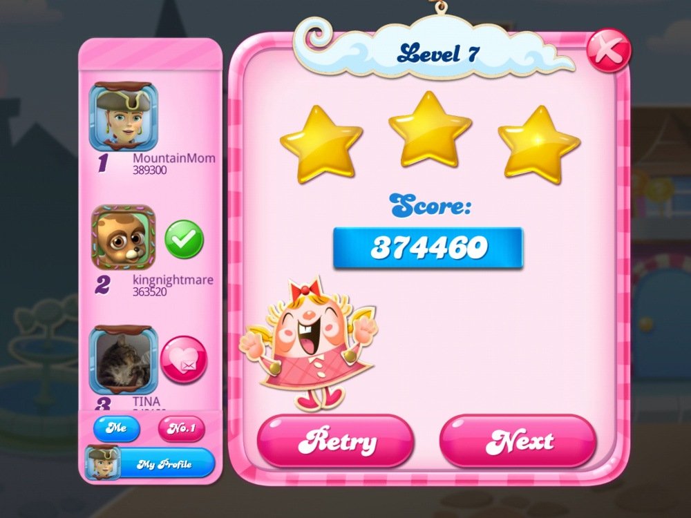 Screenshot_20200512-061926_Candy Crush Saga.jpg