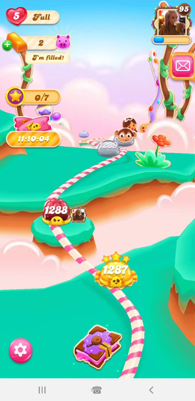 Screenshot_20200211-213704_Candy Crush Jelly.jpg