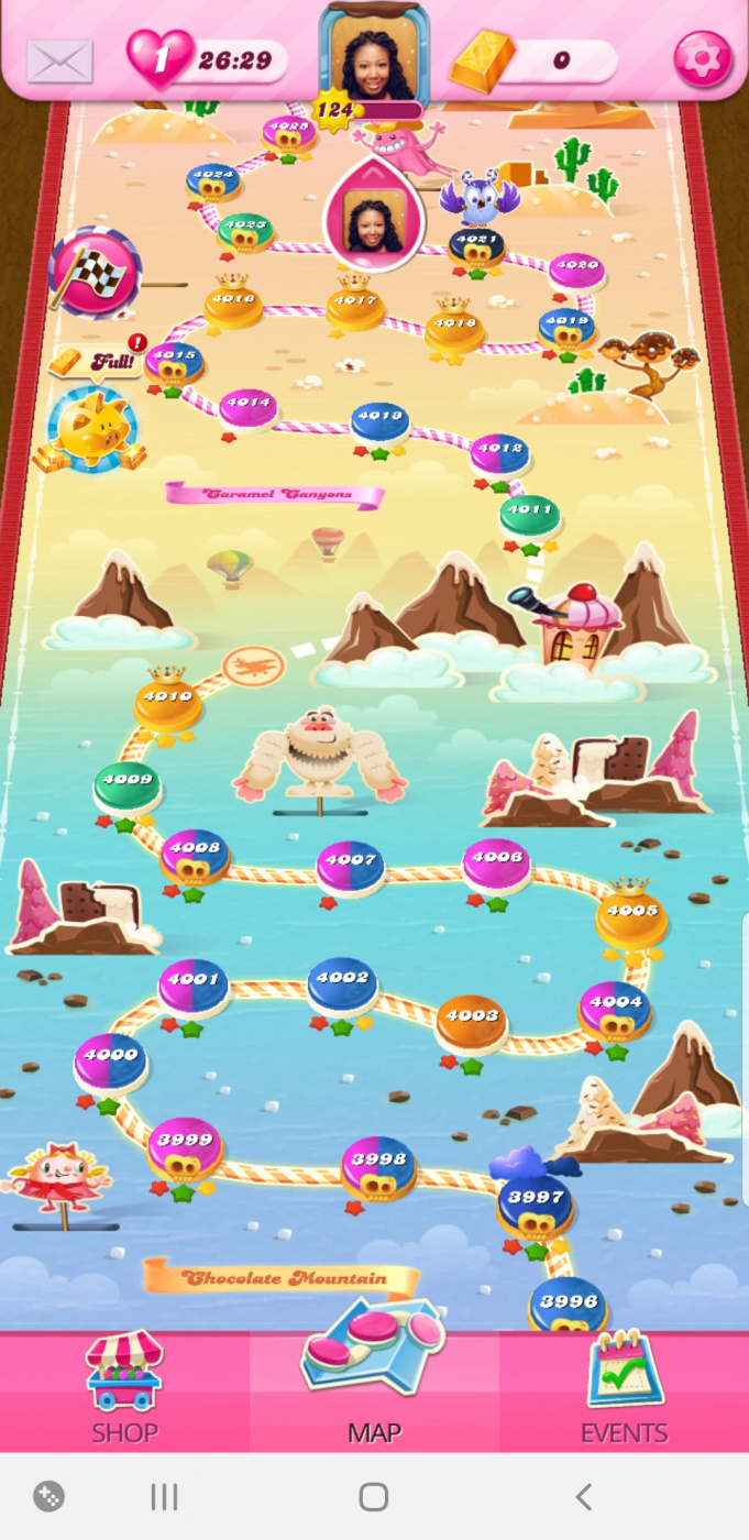 Screenshot_20200417-212936_Candy Crush Saga.jpg