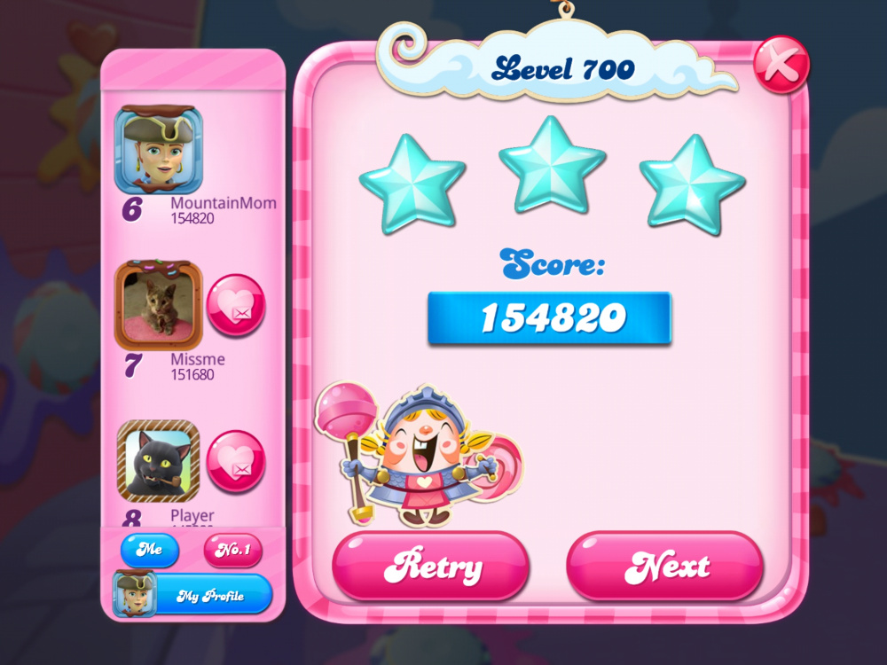 Screenshot_20200506-224024_Candy Crush Saga.jpg