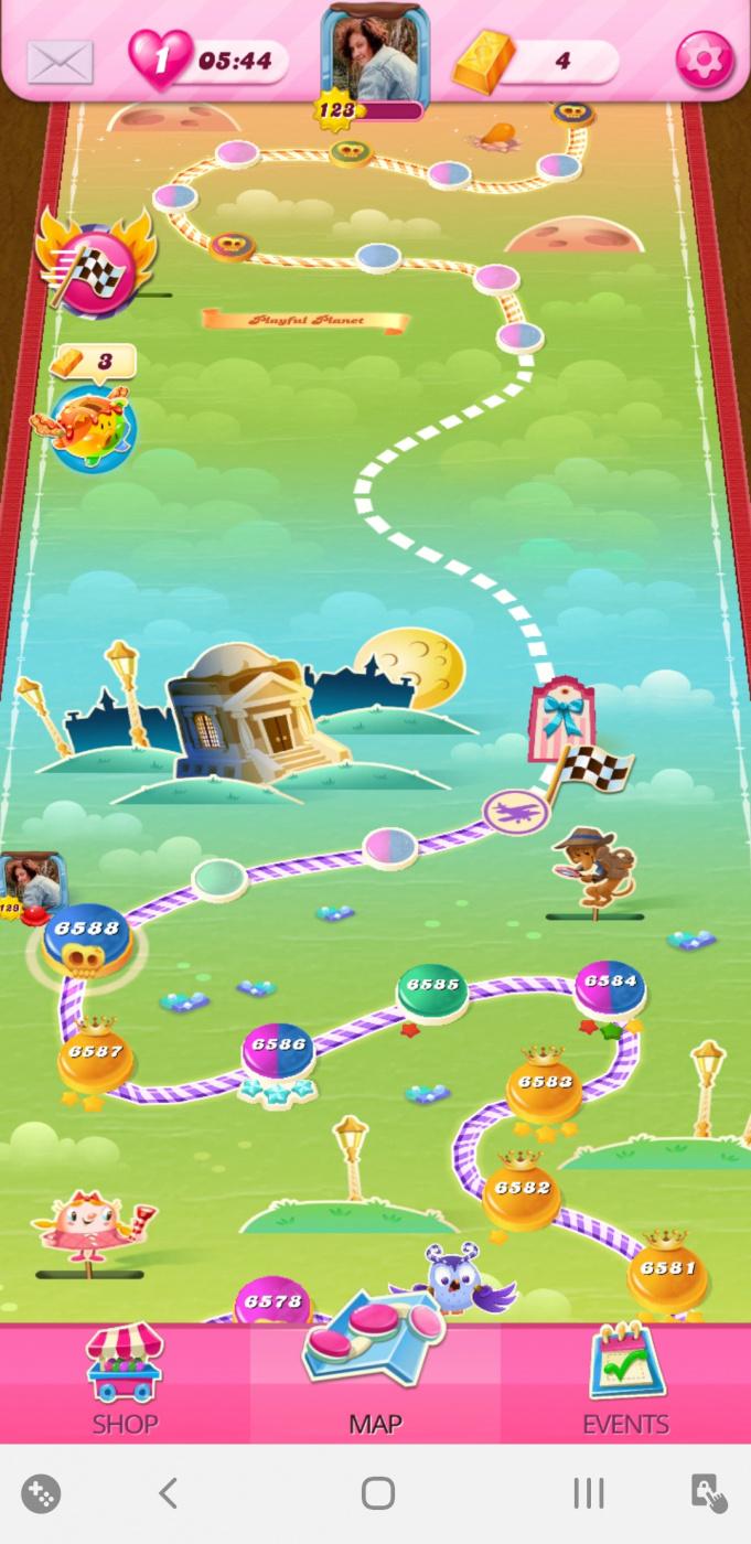 Screenshot_20200515-154212_Candy Crush Saga.jpg