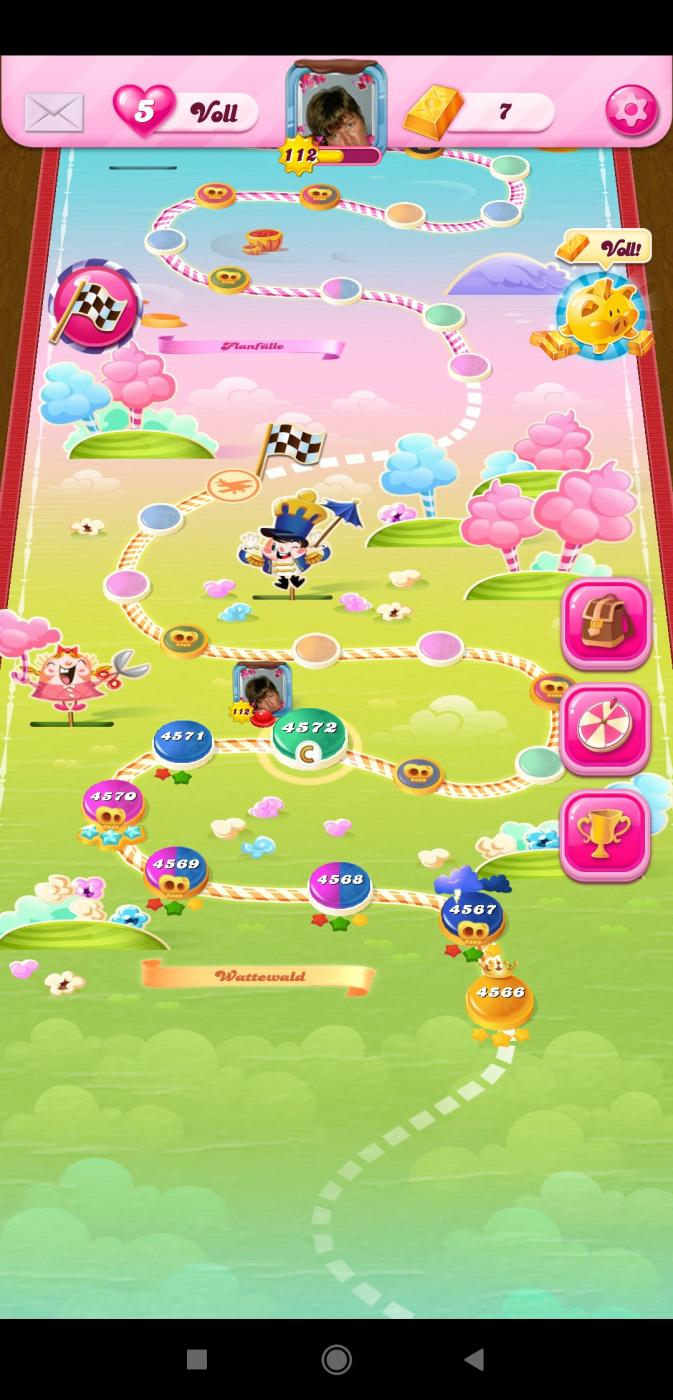 Screenshot_2020-02-15-14-52-40-274_com.king.candycrushsaga.jpg