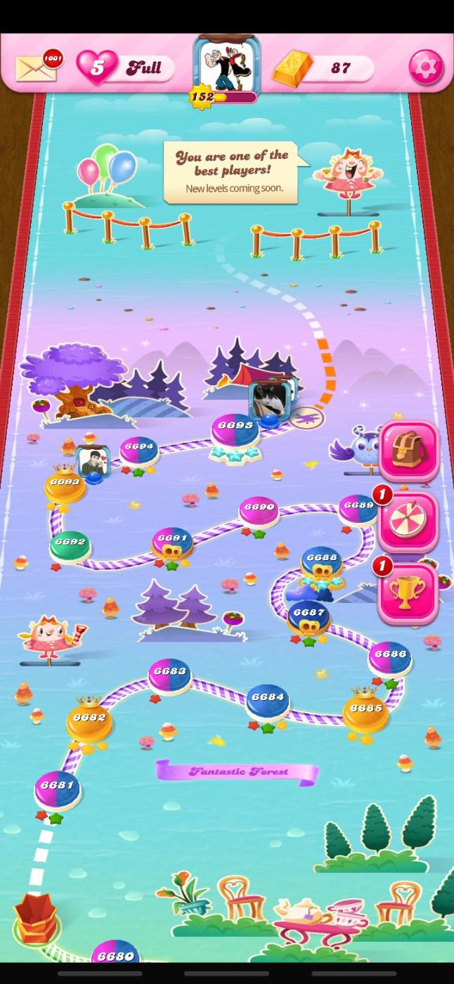 Screenshot_20200406-230551_Candy Crush Saga.jpg