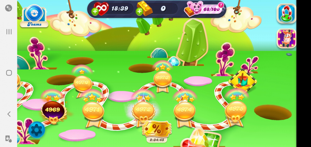 Screenshot_20200607-055034_Candy Crush Soda.jpg