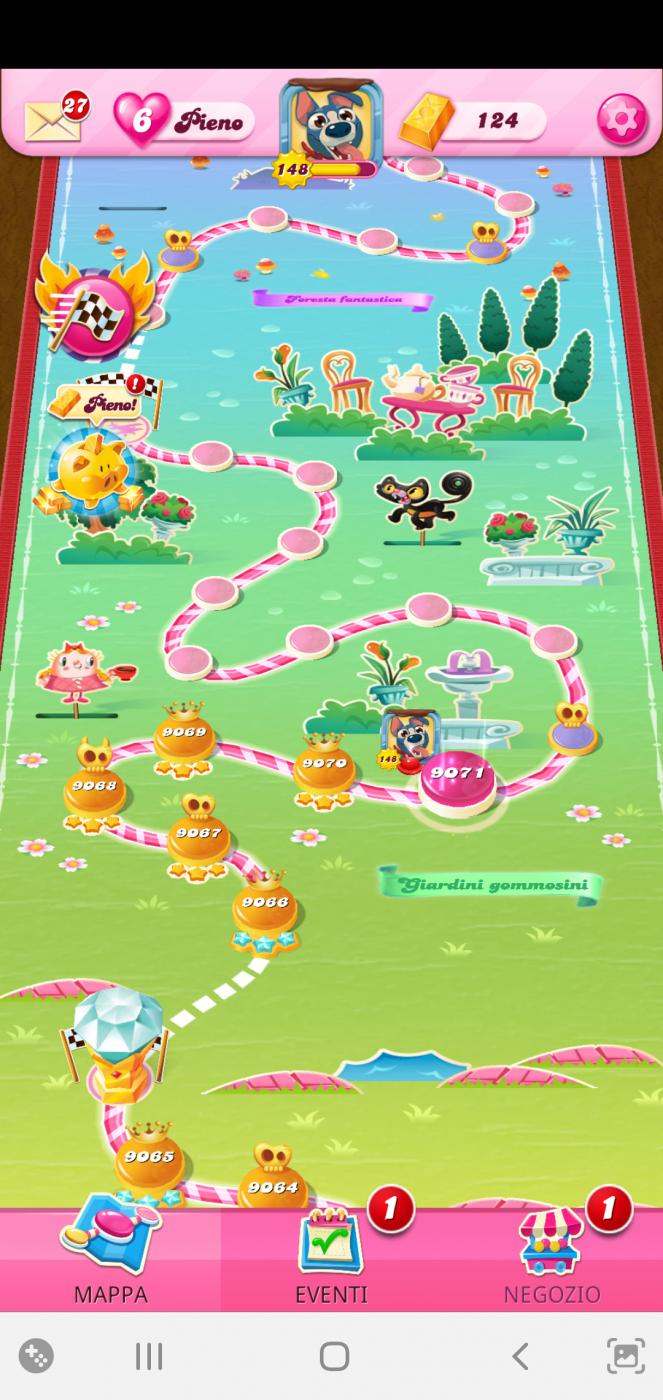 Screenshot_20210726-213657_Candy Crush Saga.png