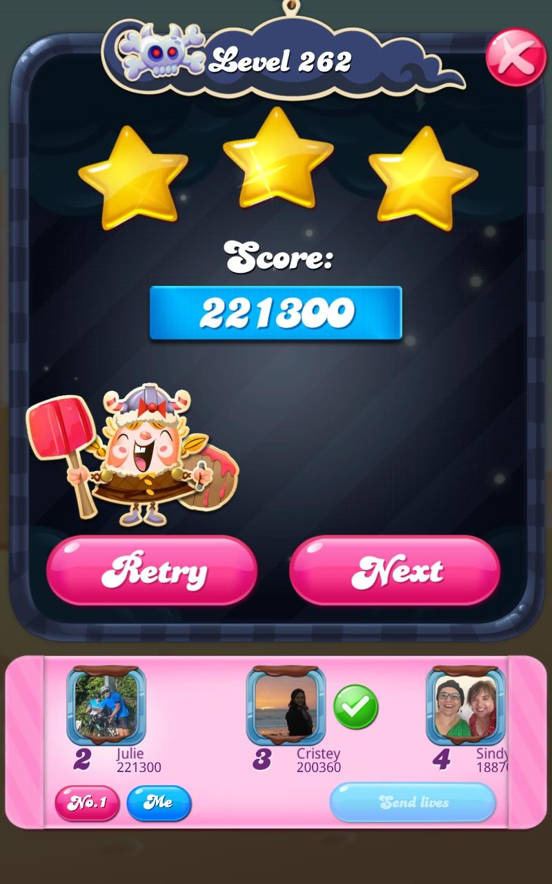 Screenshot_20210401-101404_Candy Crush Saga.jpg